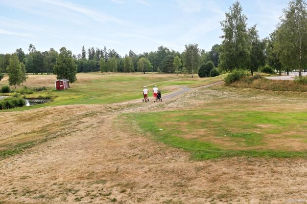Strax intill huset ligger Borås Golfklubb