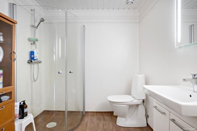 Renoverat badrum i källaren