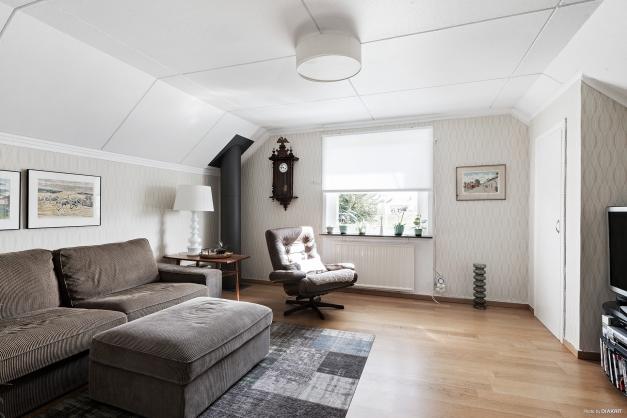 Rum som idag nyttjas till tv-rum kan med fördel utgöra ytterligare ett sovrum