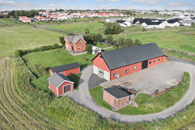 Uddebo - gården mitt i stan