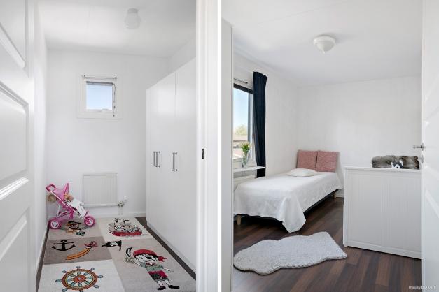Klädkammare och sovrum på övre plan.