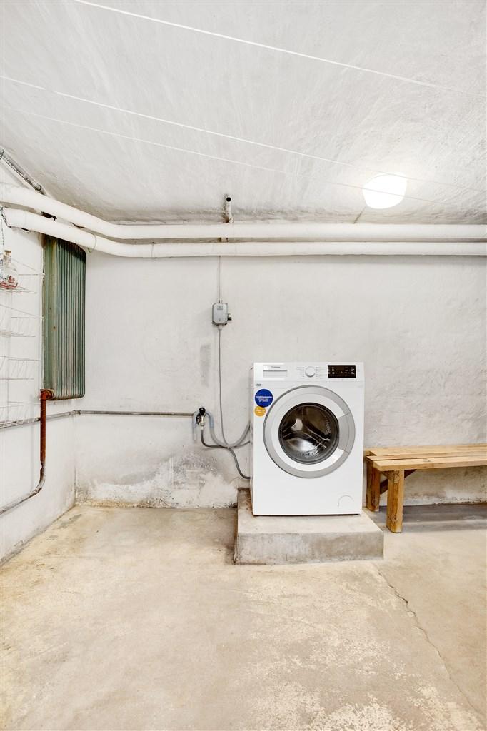 Tvättstuga i källaren.
