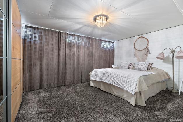 Sovrum 4 / källare