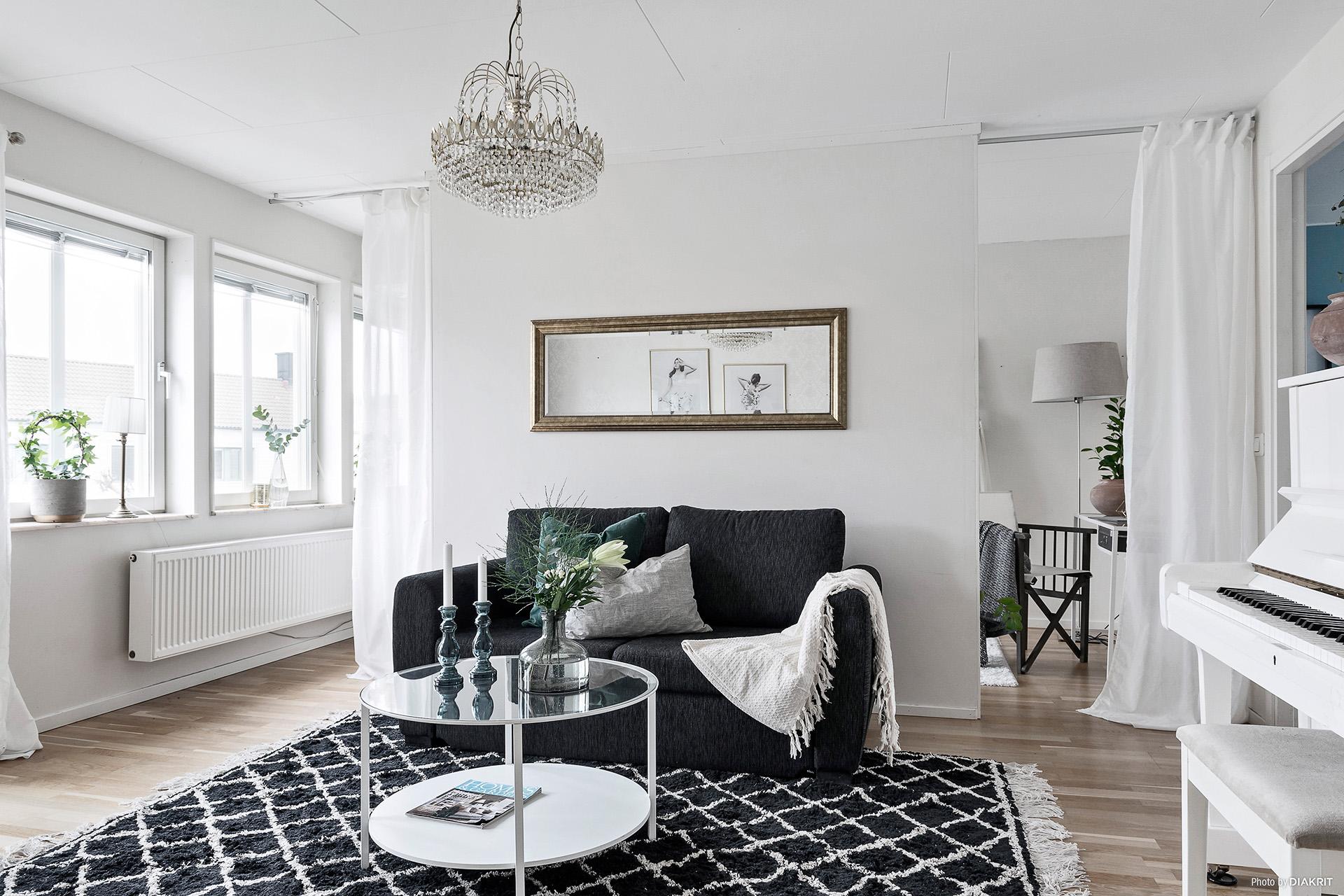 Ljust och snyggt vardagsrum