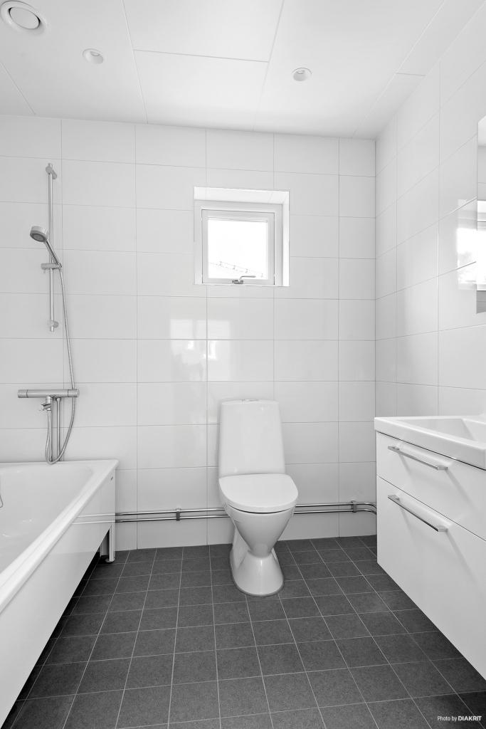 Badrum med badkar på övre våningen
