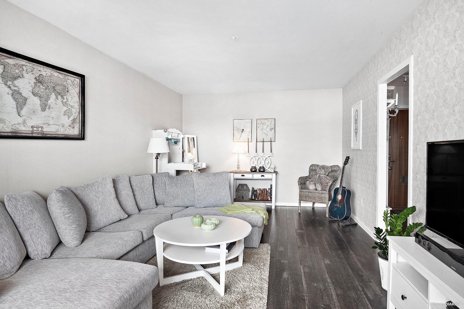 Rummet kan delas av om ett mindre sovrum behövs