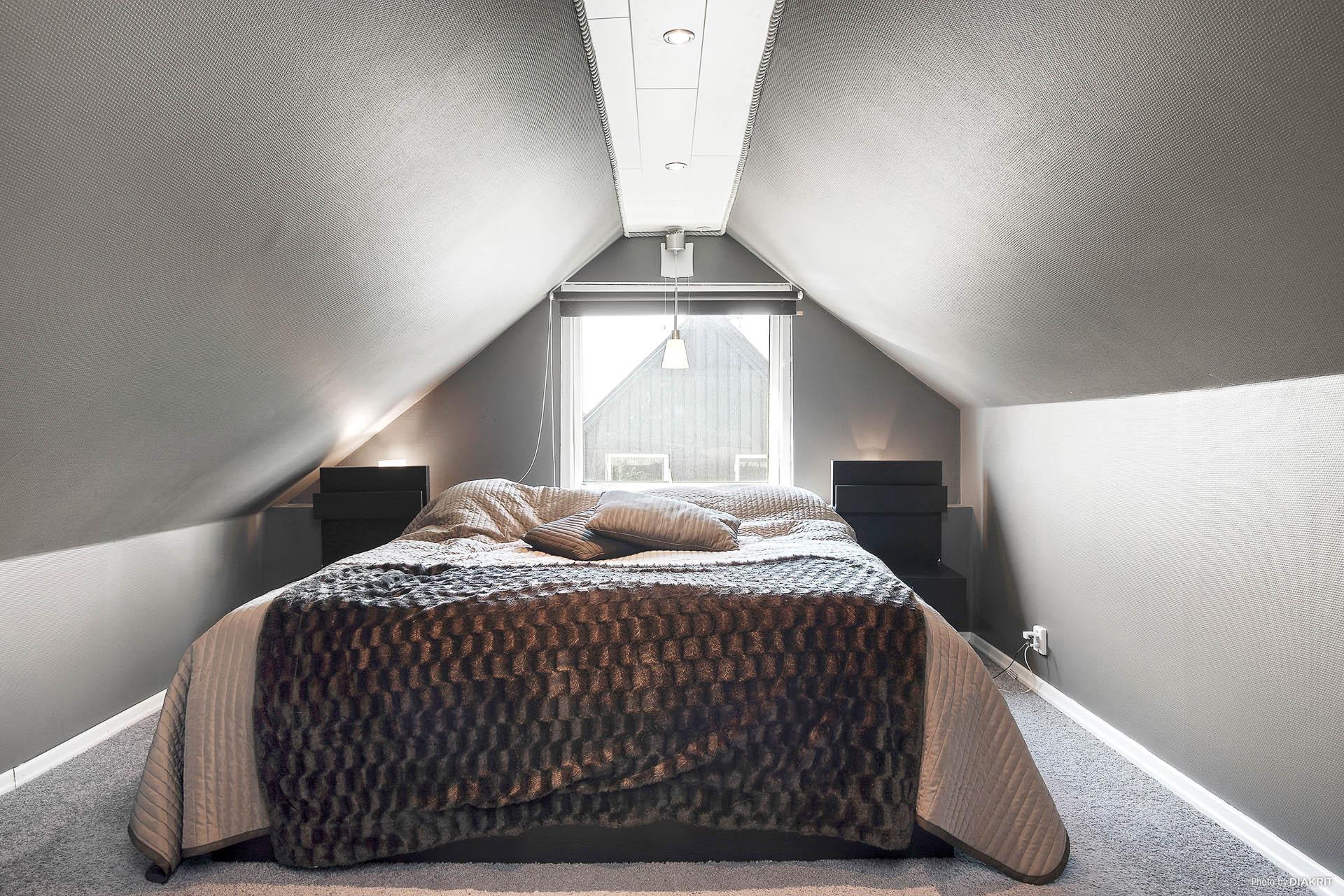 Sovrum 3 ovanvåning