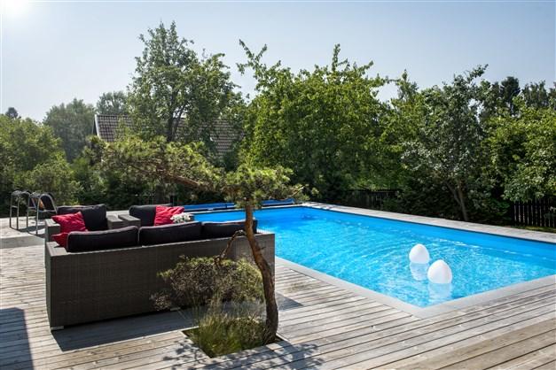 Pool 9 x 4,5 meter