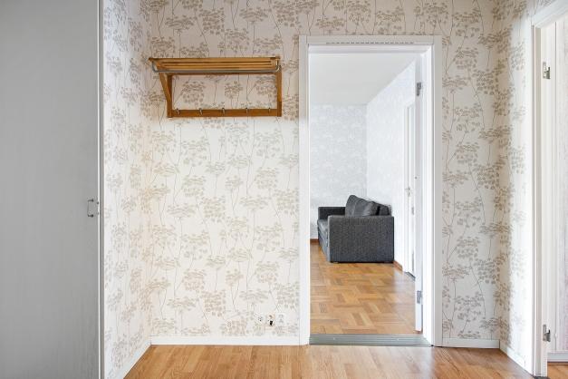 Hallen mot vardagsrummet