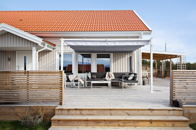 Snyggt byggd terrass