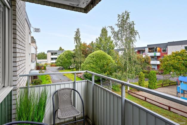 Balkong med utsikt över innergården