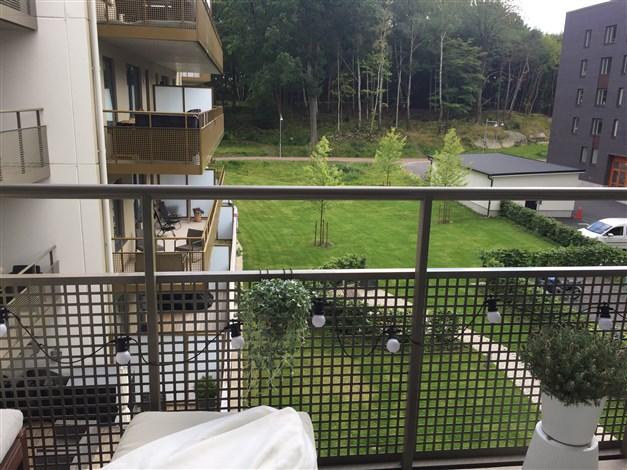 Sommarbild från balkongen