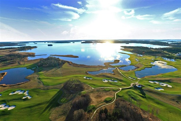 Bro Hof golfklub och Mälaren