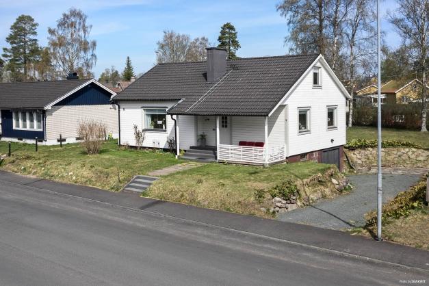 Enplansvilla med källare