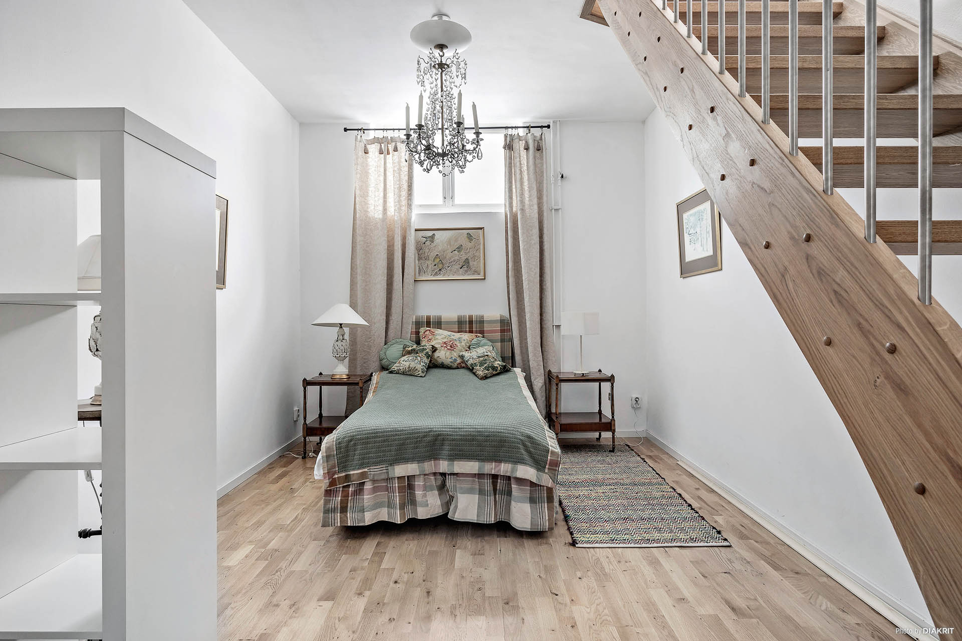 Sovrum en trappa ned