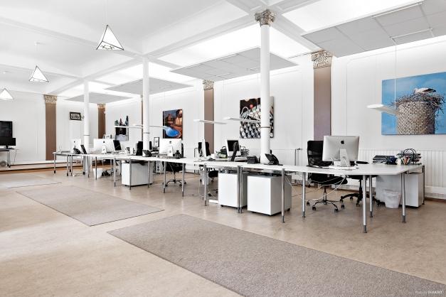 Entréplan - Ateljén med 14-16 arbetsplatser