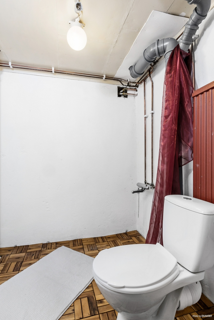 Toalett i källarplan
