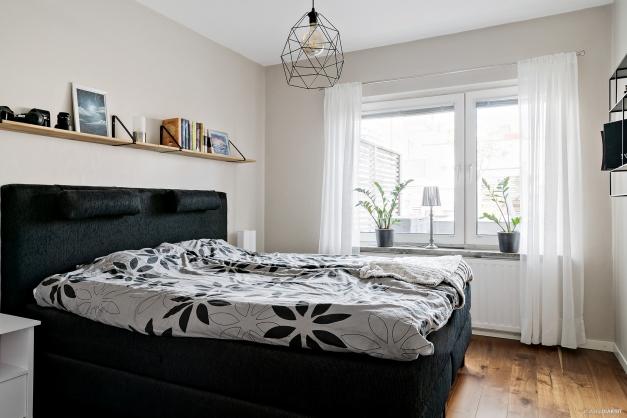 Sovrummet ligger mot innergården
