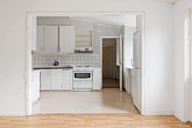Köket sett från vardagsrummet