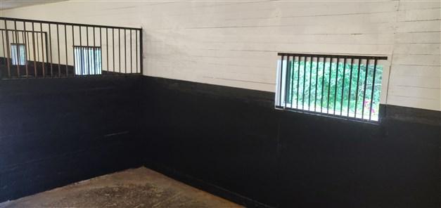 Stallbox för hästar (säljarens egna bild)