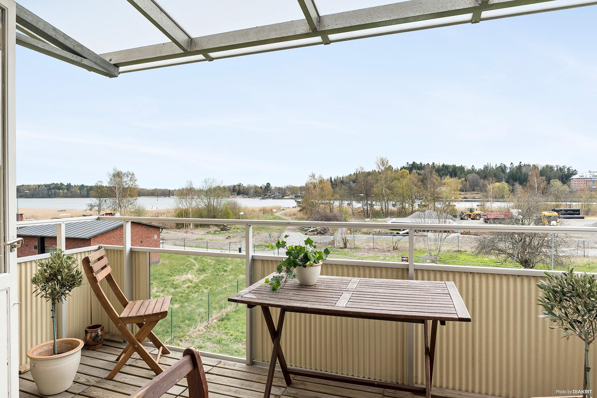 Mysig balkong mot Norrtäljeviken