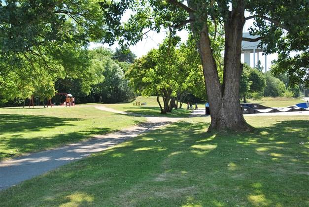 Områdesbild - intilliggande park