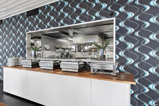 Serveringslucka i restaurang