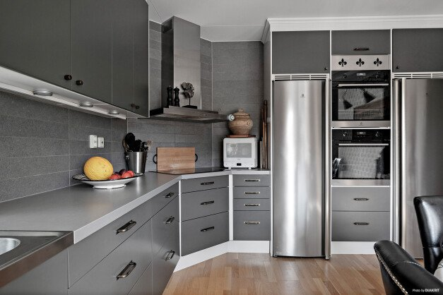 Kök som går i gråa toner