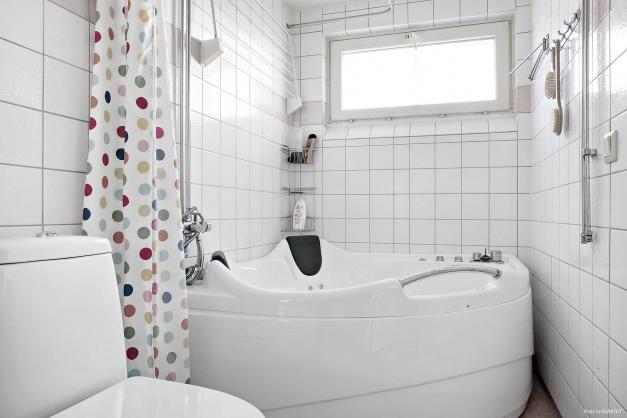 Plats för badkar