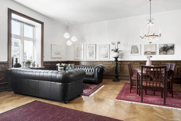 Vardagsrum i kombination med matrum