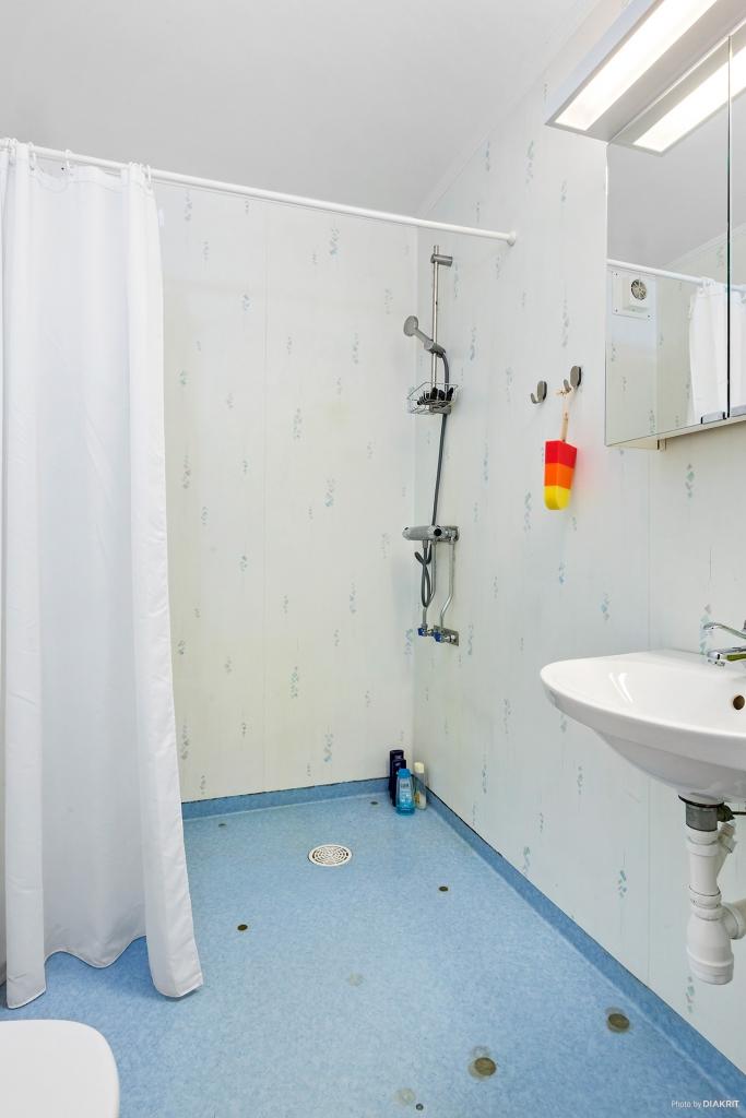 Toalett/dusch i entréplan