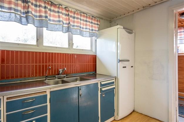 Del kök - närmast till höger från hall/farstu