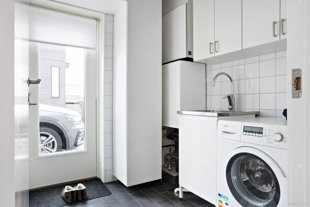 Tvättstuga/Grovingång