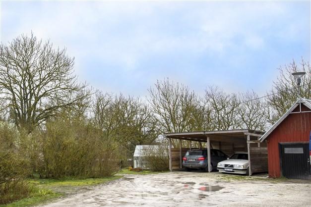 Carport och garage
