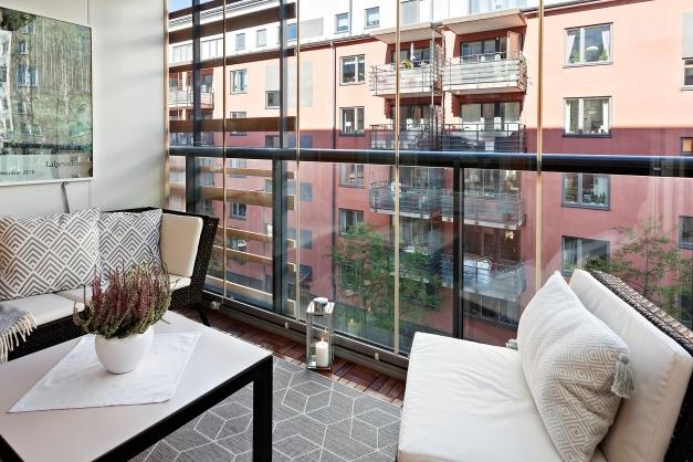 Mysig inglasad balkong om 4,5 kvm