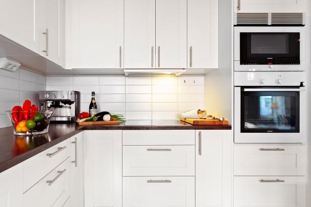 Detaljbild från det stilrena köket