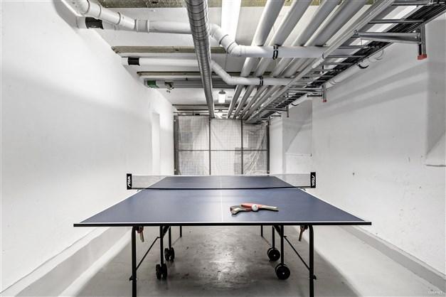 Föreningens gemensamma pingisbord finns att nyttja i källaren.
