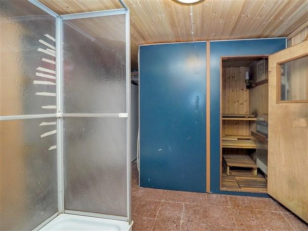 Bastu/Dusch källare