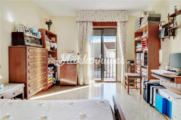 Sovrum med liten Fransk balkong