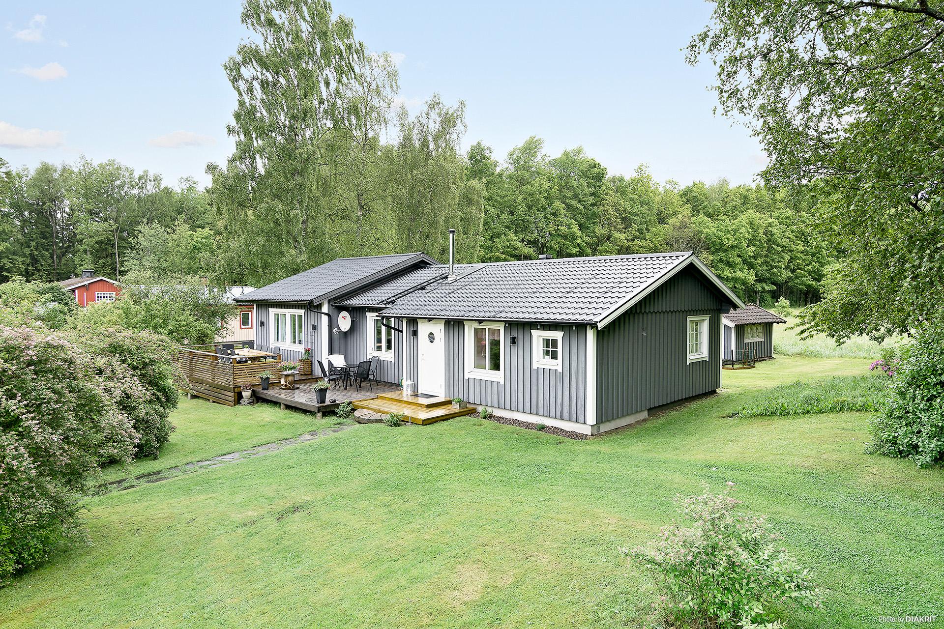 Välkommen till en mycket fin villa alt fritidshus i natursköna Karl Gustav!