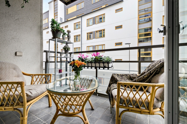 Härlig möblerbar balkong