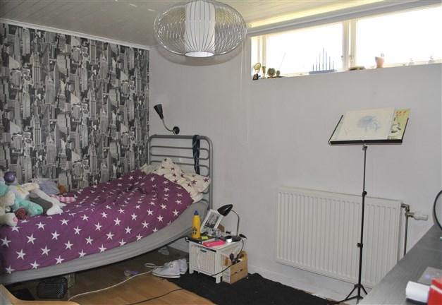 Sovrum i källaren