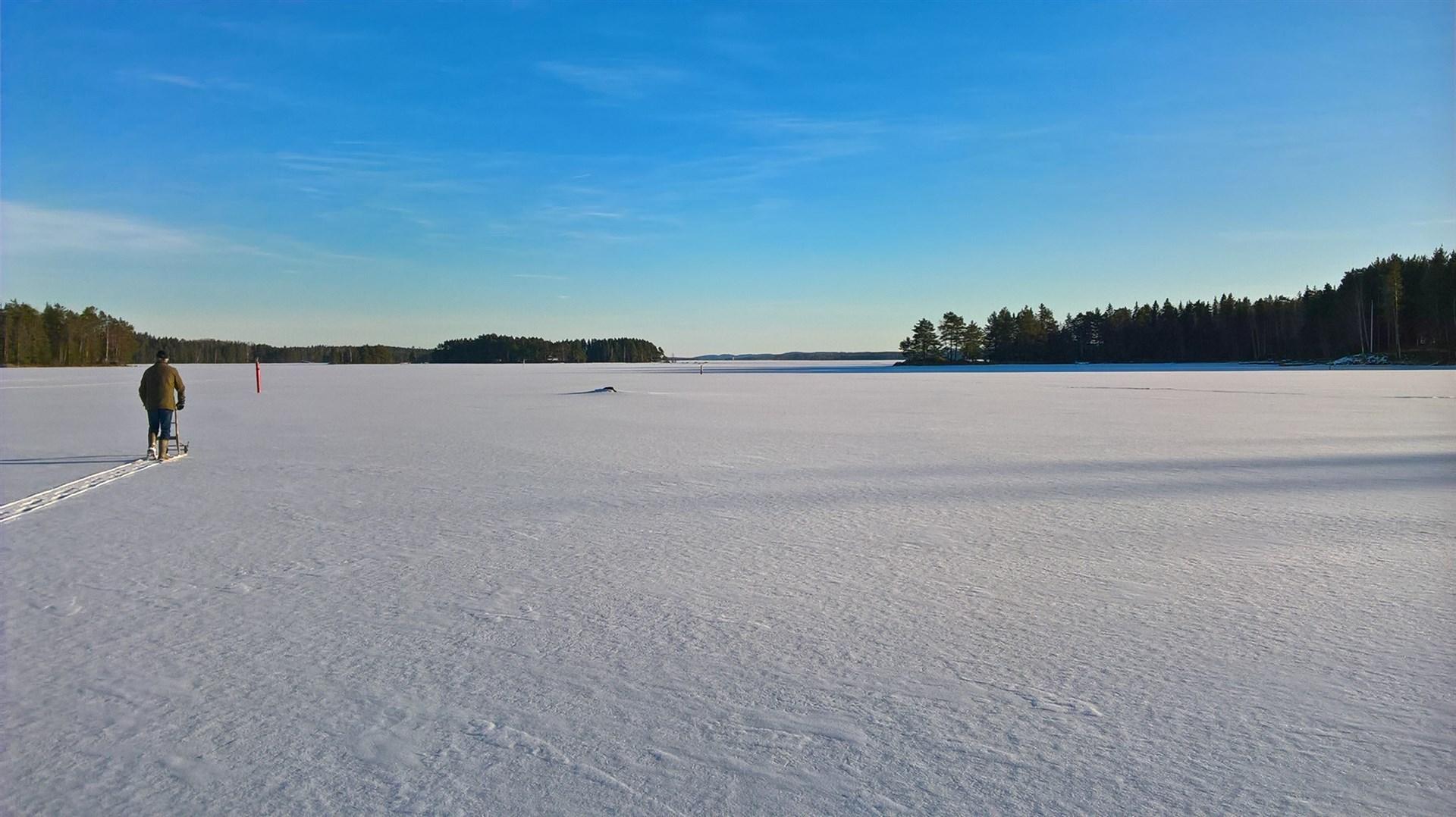 Vinter på sjön. (privat bild)