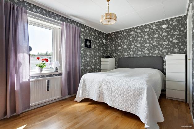 Sovrum 1 / Master bedroom