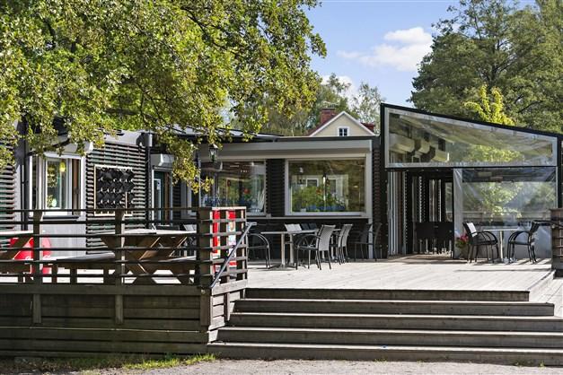 Restaurang Casa del Lago vid Långsjöbadet