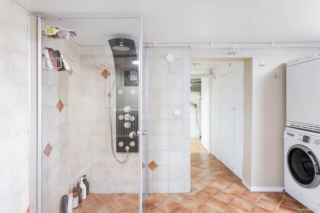 Dusch och tvätt KV