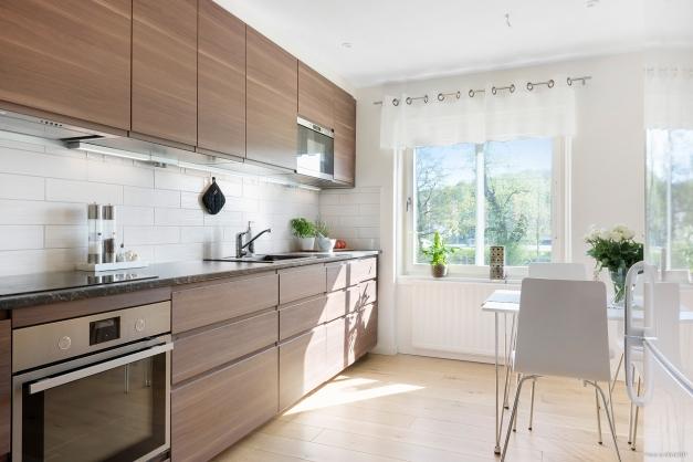 Stilrent och renoverat kök.