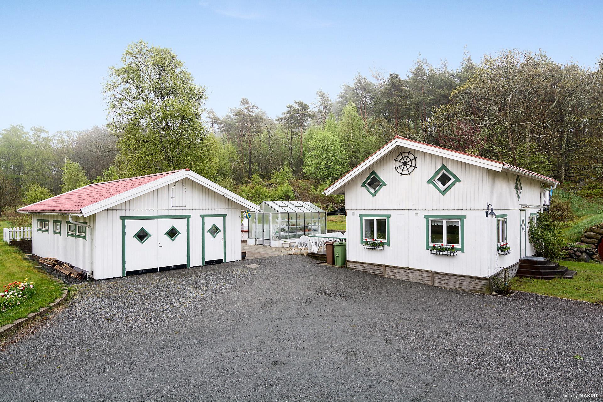 Garaget och Gästhuset/Verkstaden