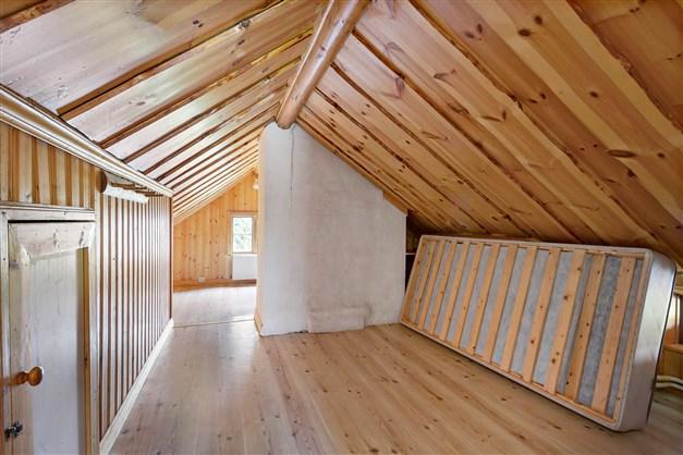 Allrum och sovrum på övervåningen