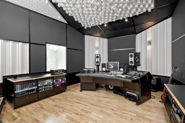 Sidobyggnad - studio